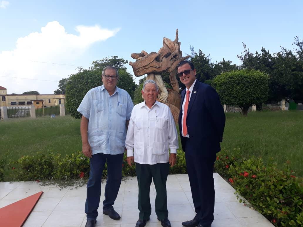 Visita-la-Ceuz-Roja-Cubana.jpeg